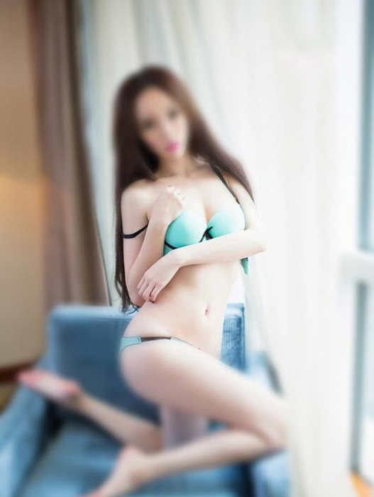 Adelaide | Escort Tina-22-27359-photo-2