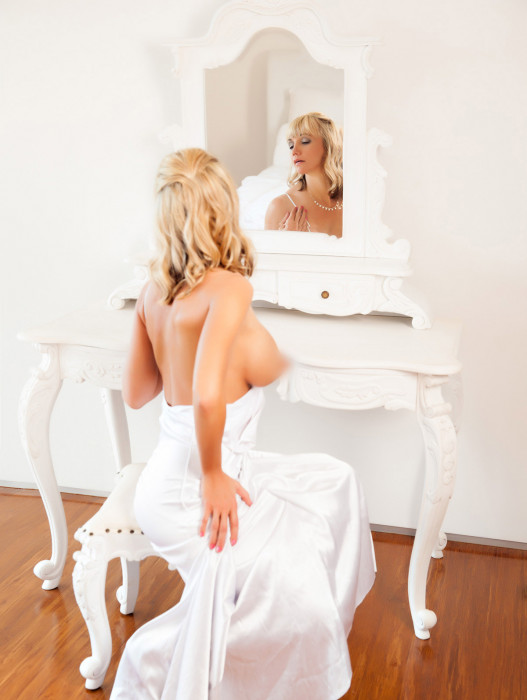 Brisbane | Escort Annie Trix-40-26926-photo-3