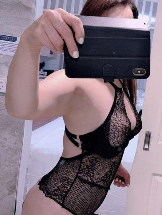 Launceston | Escort Mina-23-178803-photo-1