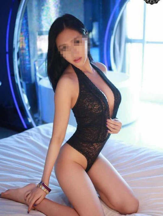 Gold Coast | Escort Korean Escort-22-24844-photo-3