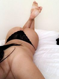 Ella Escort in Belfast