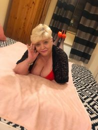 Mature-Ella Escort in Liverpool