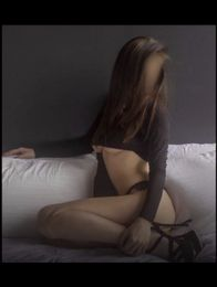 Brooke B Escort in Brighton