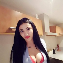 Laura Escort in Oxford