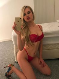 Extra Hot Escort in Manchester