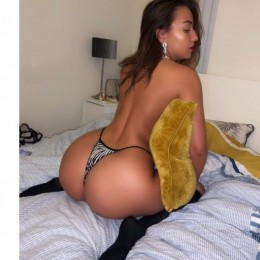 LARYSA Escort in Warrington