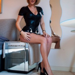 Enya Escort in Norwich
