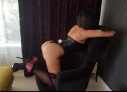 Nicolle Escort in Belfast