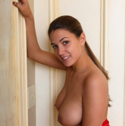 Lora Escort in Westminster