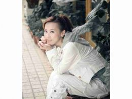 Xiao Xi Escort in Reading