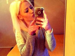 Polina Escort in Falkirk