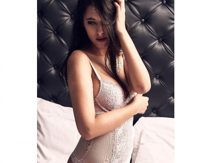 Fulham | Escort LUCIE-19-82594-photo-2