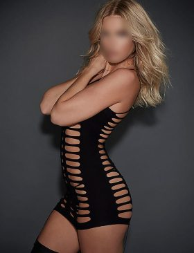 Holly a fine Blonde SHOWGIRLZ ESCORTS treat Escort in Manchester