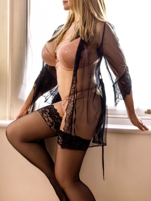 Serena-Tantra Escort in London